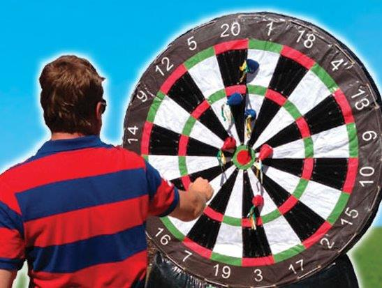 inflatable-darts2